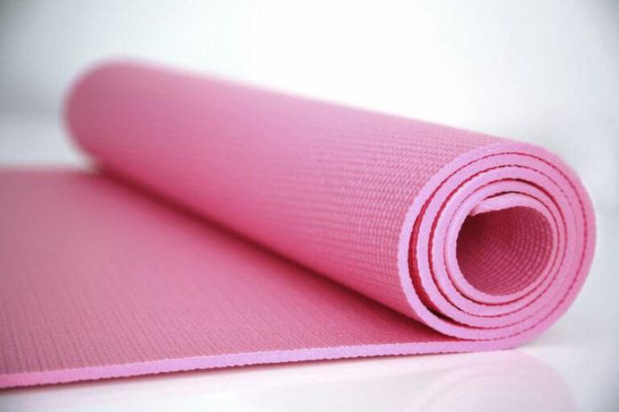 Best Treadmill Mats for Carpet and Hardwood Floors